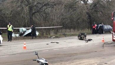 Слетел в кювет и врезался в дерево — на Николаевщине погиб водитель легковушки | Корабелов.ИНФО