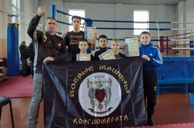 Спортсмены из Корабельного района успешно выступили на чемпионате Николаевской области по Кикбоксингу WAKO   Корабелов.ИНФО