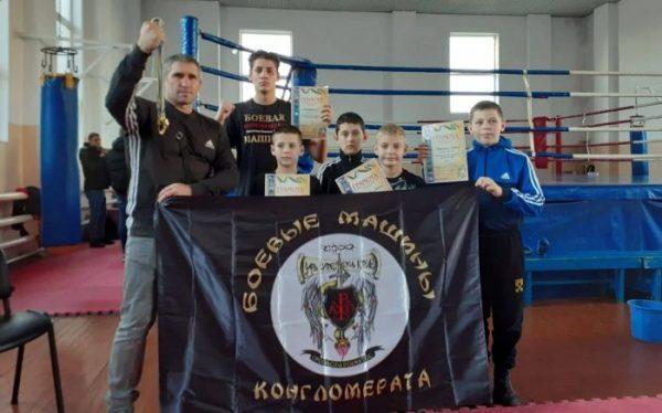 Photo of Спортсмены из Корабельного района успешно выступили на чемпионате Николаевской области по Кикбоксингу WAKO