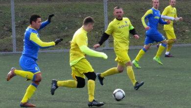 Photo of «Професійна суперечка»: на футбольному полі зійшлися в яскравій боротьбі портовики міста Миколаєва (Фото, Відео)