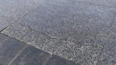 Плакали наши 100 миллионов... Главная николаевская площадь не выдержала новогодних праздников - на ней потрескалась плитка | Корабелов.ИНФО