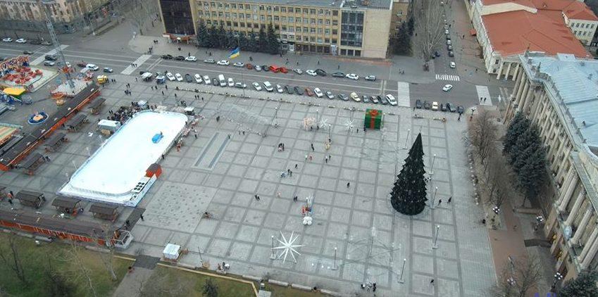 Photo of СБУ пришла с обысками в Департамент ЖКХ по делу о реконструкции главной площади в Николаеве