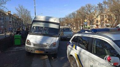 Photo of «Газель» врезалась в «маршрутку», ехавшую в Корабельный район. Спровоцировавший ДТП автомобиль с места происшествия скрылся
