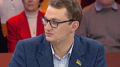 Photo of В «Слуге народа» извинились за своего депутата, советовавшего пенсионерке продать собаку