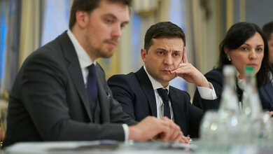 Photo of Зеленский пообещал вызвать «на ковер» мэра Николаева и депутатов из-за высоких платежек за тепло