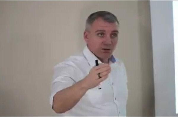 Сенкевич оправдал свое хамство в споре с таксистами предстоящими выборами (Видео) | Корабелов.ИНФО