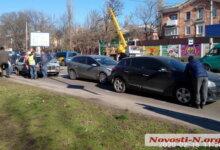 Photo of На проспекте Богоявленском столкнулись три автомобиля