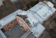 Photo of «Больше половины повреждено», — в Николаеве уже готовят проект капитального ремонта унесенной ветром крыши ДК «Корабельный»