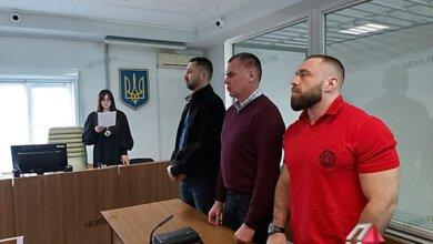 Photo of Суд отпустил на свободу водителя Range Rover, который протаранил маршрутку в Николаеве