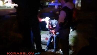 Photo of В яме у ж/д переезда в Корабельном районе нашли окровавленного мужчину (ВИДЕО)