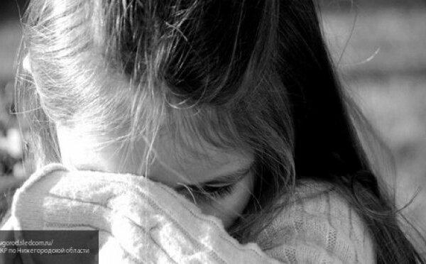 «Ставил на горох, бил ремнем»: в Николаеве отчим издевался над 12-летней девочкой | Корабелов.ИНФО