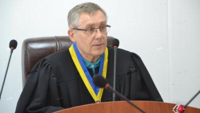 Одиозный судья остановил решение таможни, забравшей у НГЗ разрешение на «льготную» переработку товаров | Корабелов.ИНФО