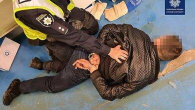 В Николаеве пьяный водитель, ранее лишенный прав, устроил дебош | Корабелов.ИНФО