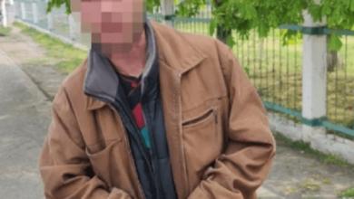 Photo of В Николаеве мужчины избили прохожего, сделавшего замечание по поводу отсутствия маски
