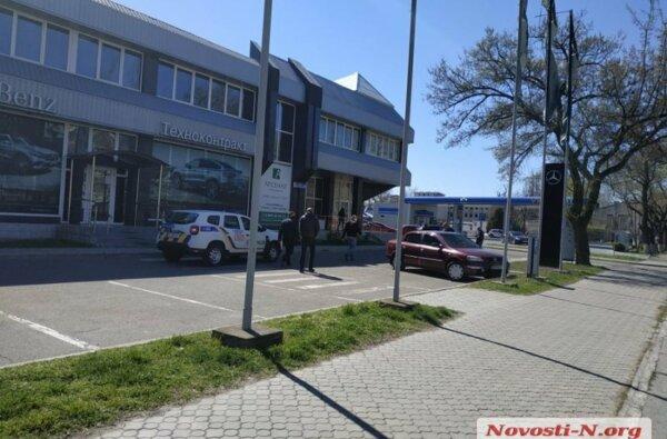 В центре Николаева пулевое ранение в голову получил Михаил Титов (он же «Мультик»)   Корабелов.ИНФО