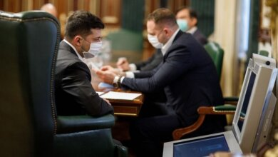 Photo of «Поможет избежать введения жесткого локдауна», — Зеленский поддержал идею карантина выходного дня