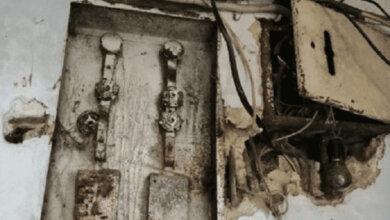 Photo of «Будем ждать очередного пожара?», — жители многострадального общежития в Корабельном районе