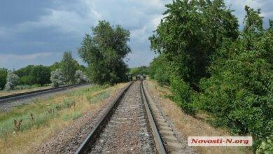 Photo of Пенсионер, которому поездом отрезало ступню, полчаса ожидал помощи — никто не останавливался