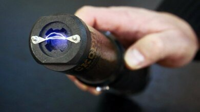 Полиция Авакова против украинцев будет использовать электрошокеры | Корабелов.ИНФО