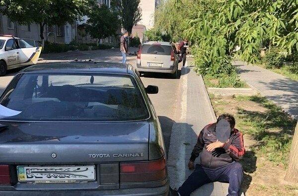 В Николаеве пьяный таксист на «Тойоте» въехал в «Рено»   Корабелов.ИНФО image 2
