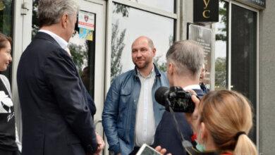 Photo of В Николаеве пострадал джип «слуги народа» Гайду после его встречи с лидером ОПЗЖ