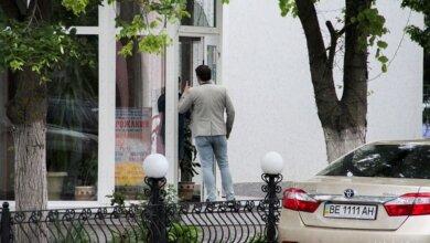 Photo of Николаевские «оппозиционеры»-сторонники кума Путина проигнорировали карантин и собрались в ресторане