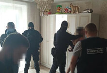 Photo of Полиция Корабельного райотдела задержала семейную пару интернет-мошенников