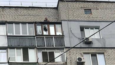 Забыл ключи от квартиры: спасатели сняли мужчину с 9-го этажа в Корабельном районе | Корабелов.ИНФО image 1