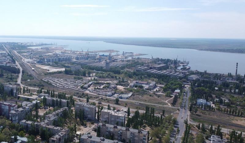 """завод """"Океан"""" и прилегающие порты"""