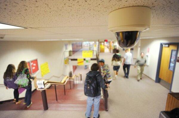 Только в семи учебных заведениях Корабельного района установят камеры видеонаблюдения | Корабелов.ИНФО image 3