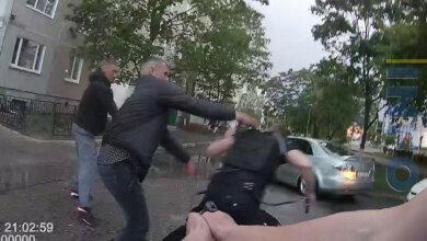 Полицейские подстрелили собаку и ее владельца. Видео конфликта | Корабелов.ИНФО