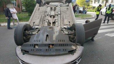 В Николаеве джип перевернул автомобиль на крышу | Корабелов.ИНФО image 2