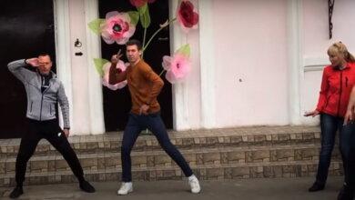 Photo of «Неймовірно!»: учителя массово станцевали для школьников в Корабельном районе (Видео)