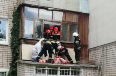 Умерла пенсионерка НГЗ, выпавшая с 3-го этажа в Корабельном районе | Корабелов.ИНФО