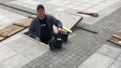 Сенкевич в прямом эфире наврал о причине неработающего фонтана на площади | Корабелов.ИНФО
