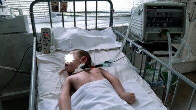Photo of Пропала мама мальчика, лежащего в реанимации, - малышу просят помочь