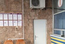 """Photo of """"Жлобство"""" на Николаевском ж/д вокзале: комфорт для работников устроили за счет пассажиров"""