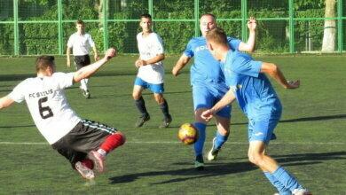 Photo of Гра вражала яскравими моментами: на футбольному полі зустрілися «Status» і «Ольвія» (Відео)