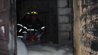 Из-за неосторожного общения с огнем в Корабельном районе горел жилой дом   Корабелов.ИНФО