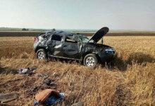 Photo of На Николаевщине джип из-за ямы на дороге слетел в поле – пострадали 5 пассажиров