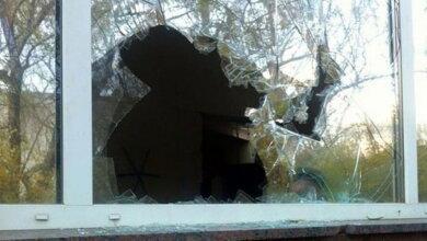Photo of 51 грн штрафа присудили разбившему 5 окон в Корабельном районе