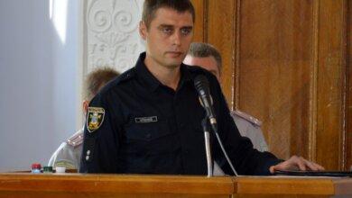 Photo of Вырвал телефон из рук и скрылся: у офицера полиции в Коблево похитили смартфон. Видео