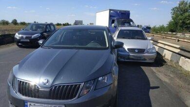 Под Николаевом столкнулись 9 автомобилей — двое пострадавших, в том числе ребенок   Корабелов.ИНФО image 7