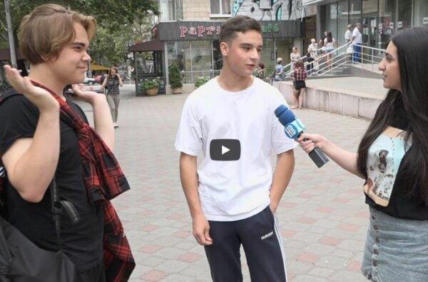 Николаевцы поделились мнением о праздновании Дня Независимости Украины (видео)   Корабелов.ИНФО