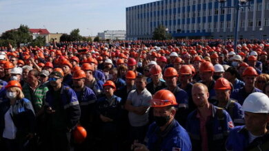 Белорусы митингуют, заводы бастуют, а ЦИК объявляет о победе Лукашенко | Корабелов.ИНФО