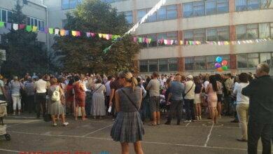 Родители - за забором... Самый необычный День знаний в школах Корабельного (Фото) | Корабелов.ИНФО image 13