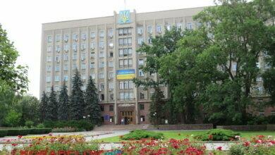 Photo of Николаевский облсовет потратит 2,5 миллиона на замену окон чиновникам