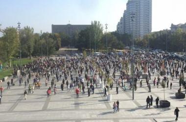В Николаеве митинговали против запрета работы культурных заведений в «красной» зоне (Видео) | Корабелов.ИНФО image 4