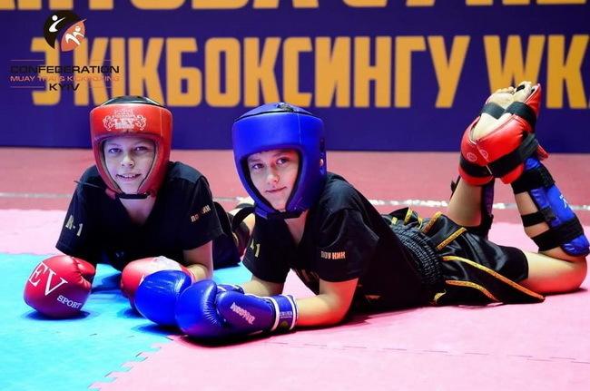 Юные николаевцы завоевали 30 медалей Всеукраинской Брилиантовой супер-серии по Кикбоксингу WKA | Корабелов.ИНФО image 3