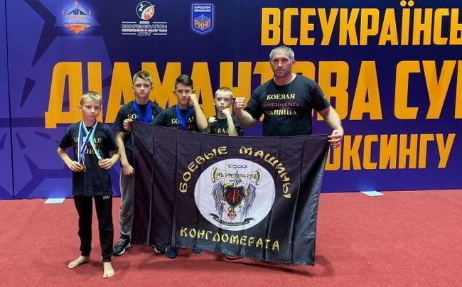 Юные николаевцы завоевали 30 медалей Всеукраинской Брилиантовой супер-серии по Кикбоксингу WKA | Корабелов.ИНФО image 2